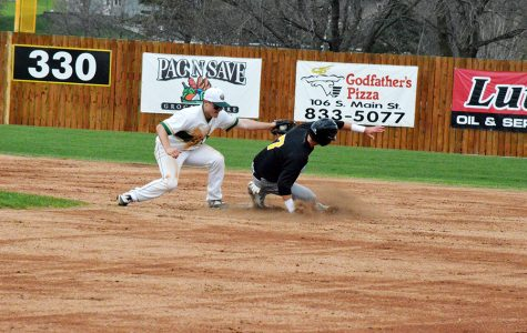 Baseball keeps up strong pitching on the road