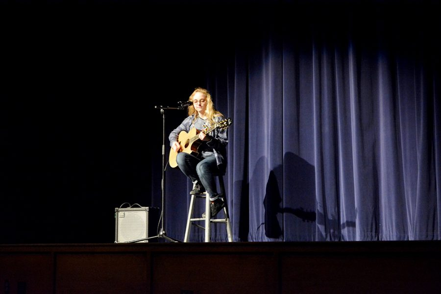 Hannah+Leddy+played+and+sang+%E2%80%98Wonderwall%E2%80%99+and+%E2%80%98Skinny+Love%E2%80%99+for+the+talent+show.+She+ended+up+tieing+for+third+place+with+Kelly+Robinson+and+Dulce+Torres.+Henry+Ventura+placed+second+and+Bennett+Lamplot+placed+first.