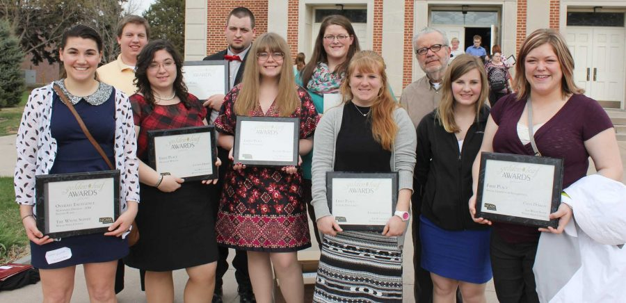 WSC+student+media+attended+the+annual+Goldenleaf+awards+in%0AHastings+this+past+weekend.+TV%2C+radio+and+newspaper+students+won%0Anumerous+awards+for+their+productions+throughout+the+year.