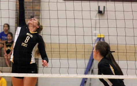 Volleyball snatches one from Jewell