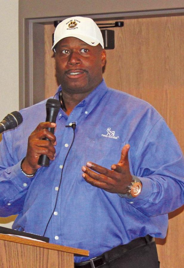 Marcus Dupree spoke to WSC students Monday about his athletic career and his diagnosis with diabetes.