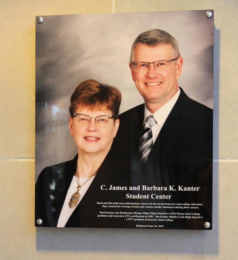 James (right) and Barbara (left) Kanter of Minneapolis are generous donors to WSC.