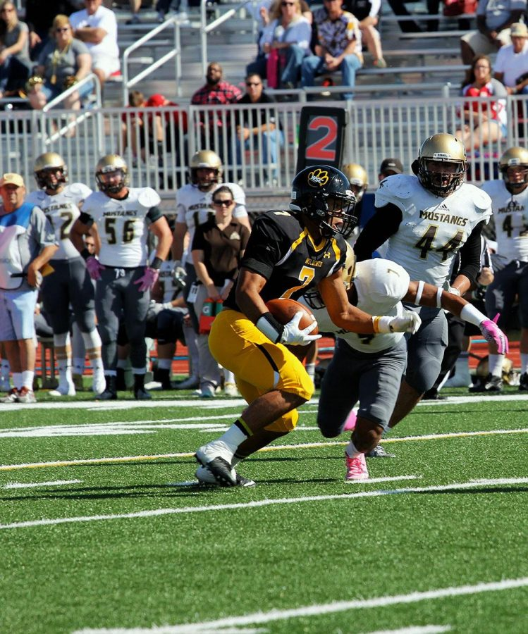 Homecoming Football Disaster Wsc Loses 61 3 To Smsu The Wayne Stater
