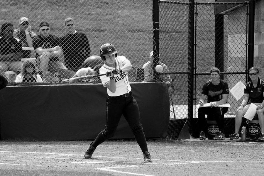 Abbie Hix batting in WSC's Saturday game against Minnesota State Mankato.