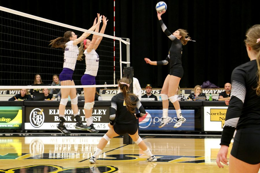 The+volleyball+team+faced+Upper+Iowa+and+Winona+State%2C+falling+to+both.+The+%27Cats+next+game+will+be+in+Bemidji%2C+Minn.+on+Friday+at+6.