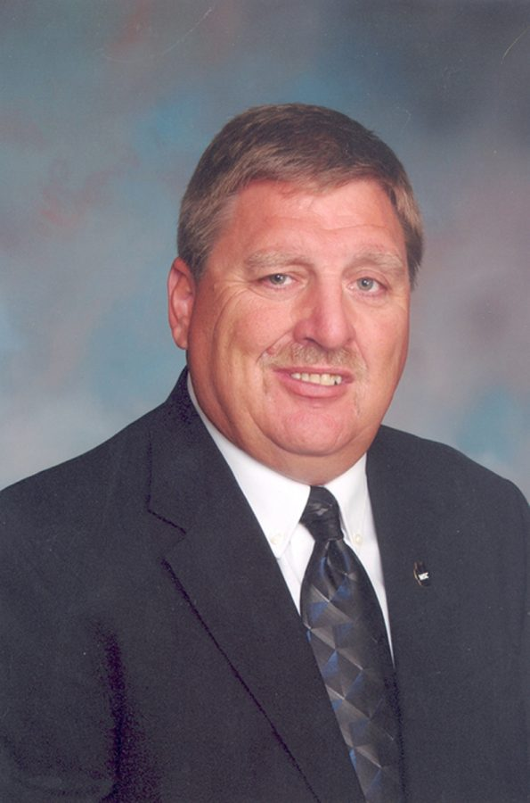 Athletic profile: Coach Dan McLaughlin