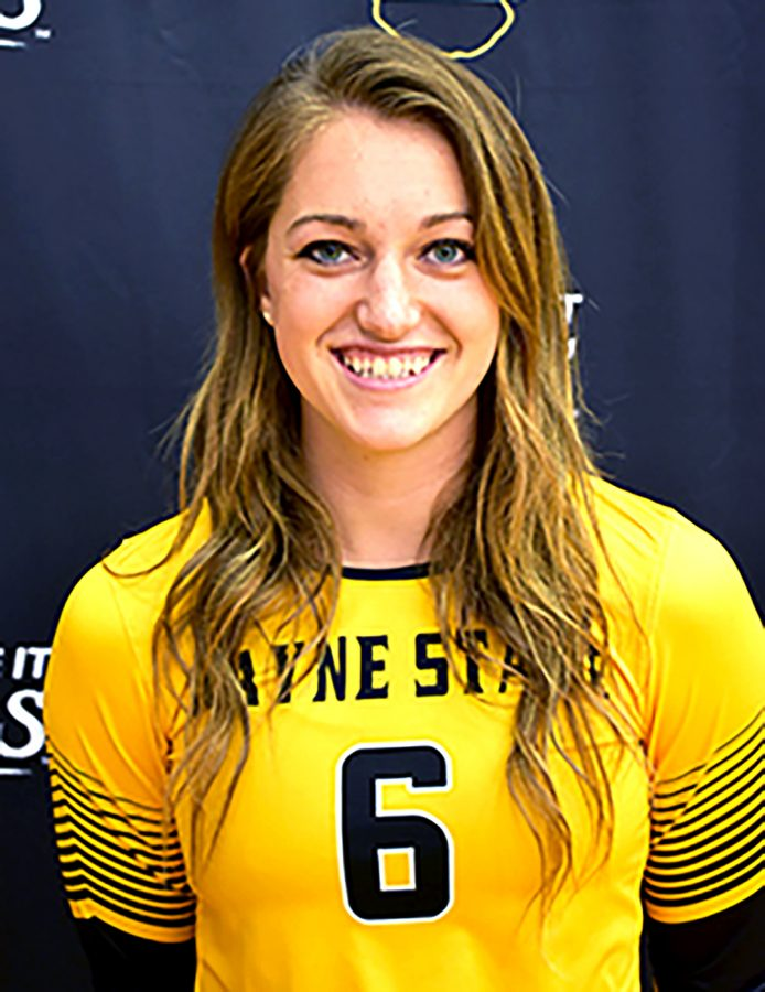Senior+setter+Megan+Gebhardt+was+selected+as+the+Player+to+Watch+in+the+NSIC+this+season.+Photo+courtesy+of+WSC.+