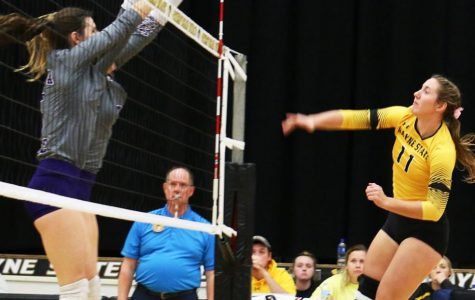 WSC Volleyball wins comeback thriller against Upper Iowa