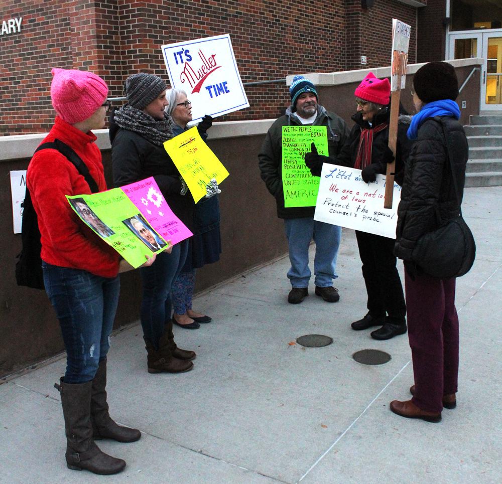 Political+rally+occurs+near+Conn+Library