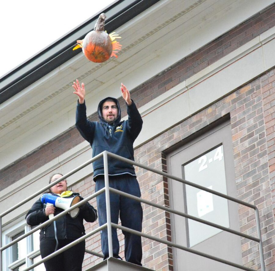 Annual Turkey Drop to be held Nov. 5