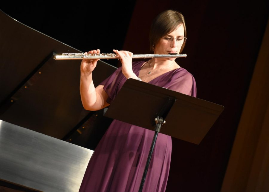 Adjunct+professor+Melissa+King+performed+on+the+flute+and+was+accompanied+by+Dr.+Angela+Miller-Niles+on+the+piano+at+the+faculty+recital+in+Ley+Theatre+last+Friday+night.+