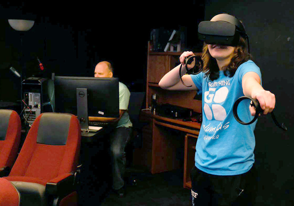 VR+allows+for+new+education+opportunities
