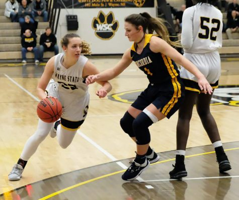 Lady 'Cats' lose game and Ballinger at Moorhead