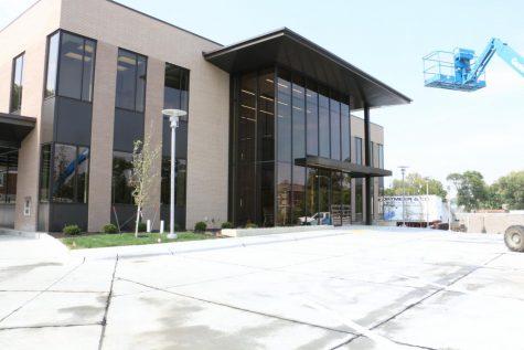 New State Nebraska Bank Branch built near Willow Bowl