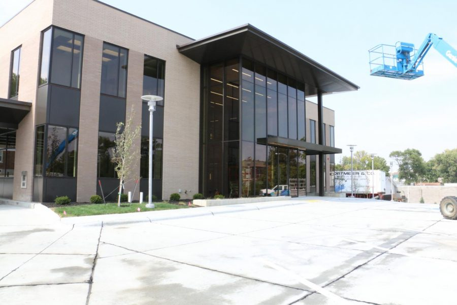 New State Nebraska Bank Branch built near Willow Bowl