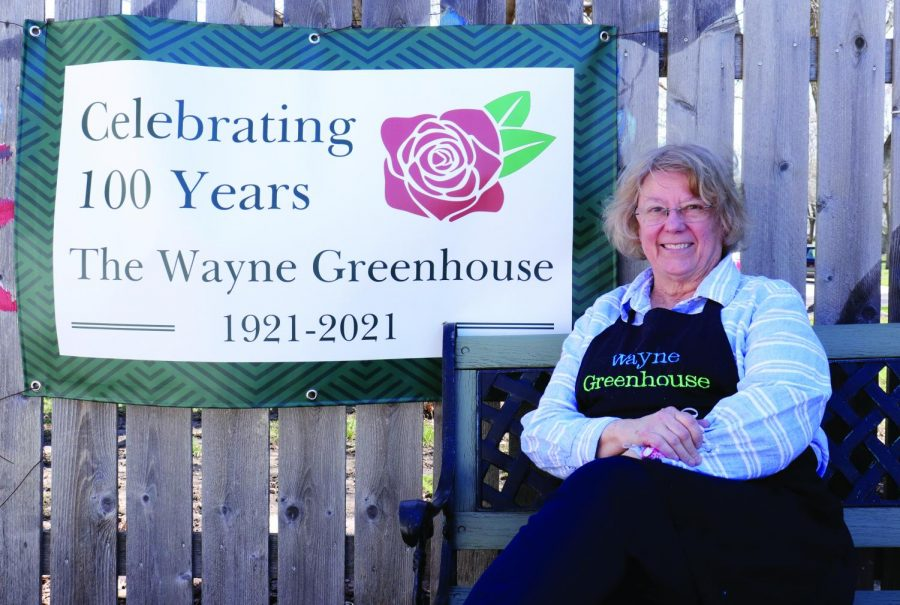 Lou+Wiltse+and+the+Wayne+Greenhouse+celebrate+100+years+of+being+open.+PHOTO+BY+WHITNEY+WINTER